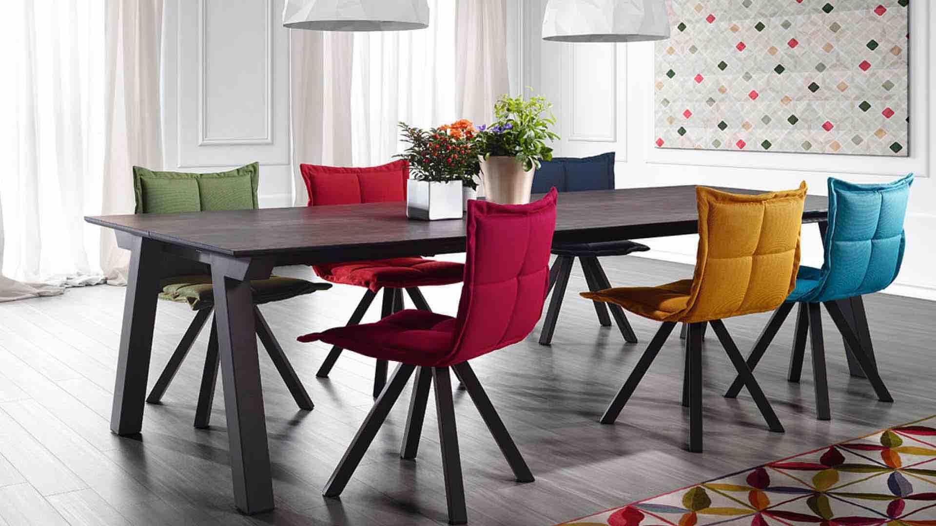 L Habitation Mobilier Salon Table Objet Decoration A 5 Minutes De Geneve Literie Concept